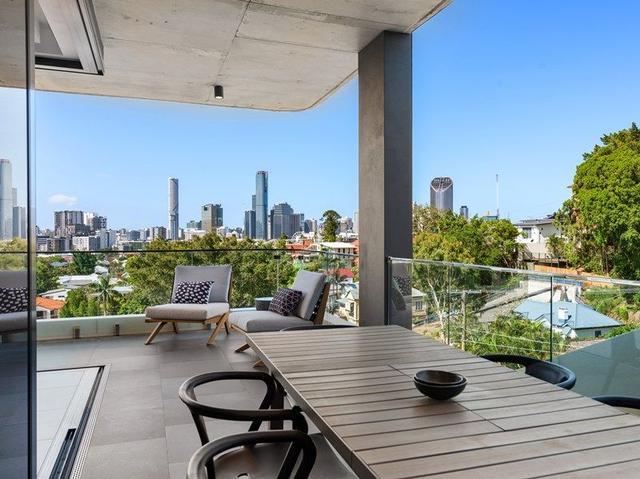 2/138 Dornoch Terrace, QLD 4101