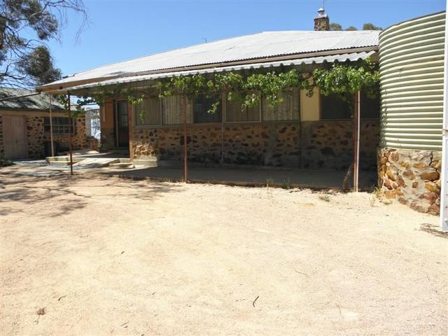 Old Sturt Highway - Wilabalangaloo Homestead, SA 5343