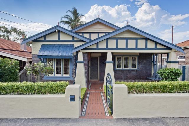 12 Mons Street, NSW 2046