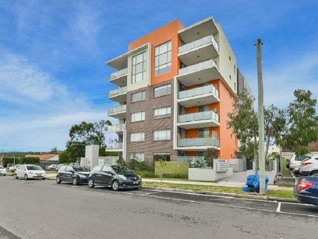 1/12-14 King Street, NSW 2560