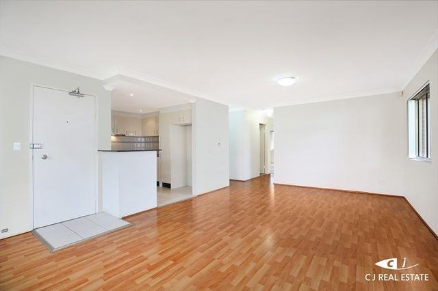 1/51-53 Deakin Street, NSW 2128