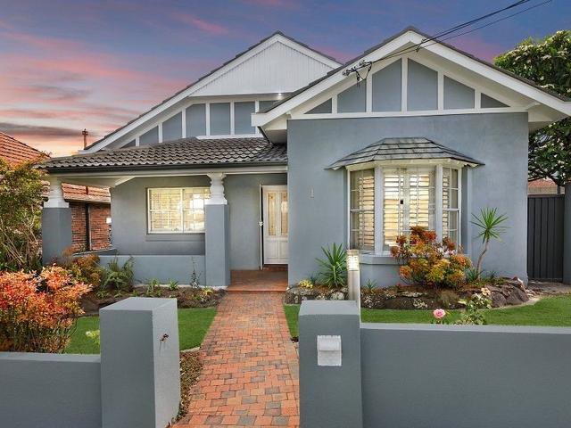 1 St James Avenue, NSW 2206