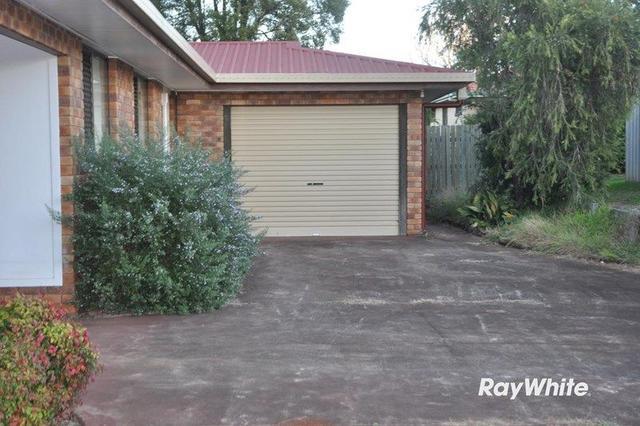 2/2 Storey Street, QLD 4350