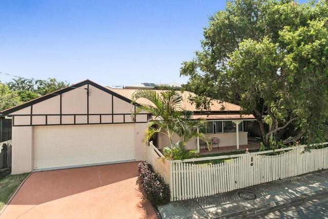 17 Blackwood Street, QLD 4075