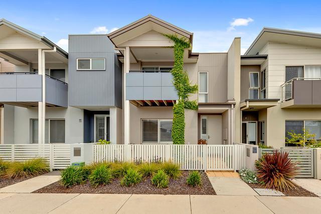 64 Caragh Avenue, NSW 2620