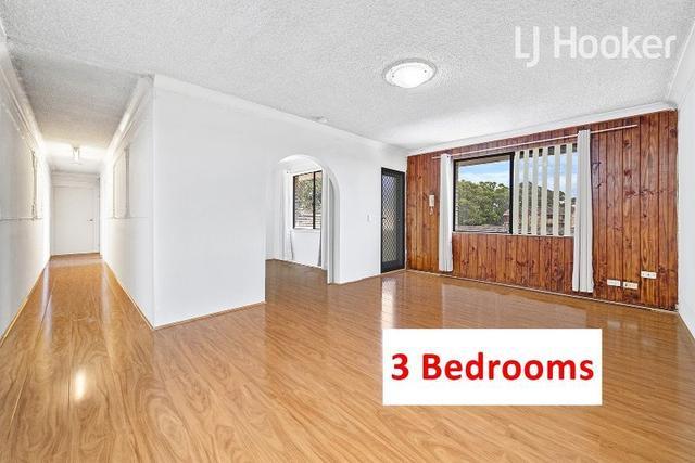 12/70 Hughes Street, NSW 2166