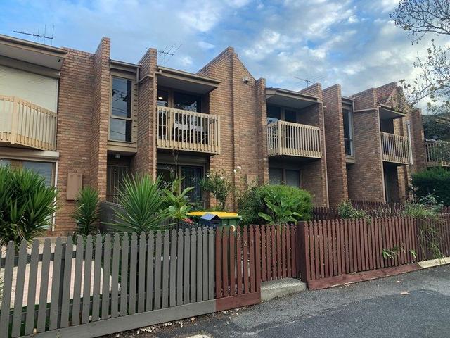 2/37-39 Ballarat Road, VIC 3011
