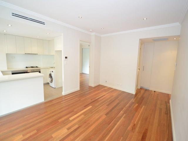 16/2 Sturt Place, NSW 2075
