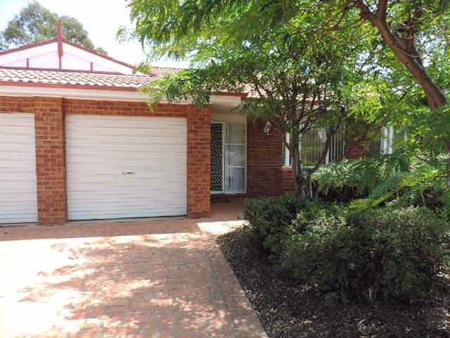 6 Wyena Court, NSW 2619