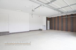 Triple Garage (yes 3 garages!)