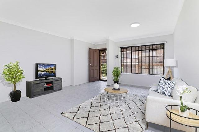 1/213 Old Kent Road, NSW 2190