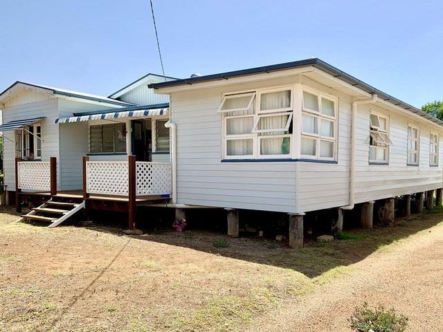 6 Deconlay Street, QLD 4370
