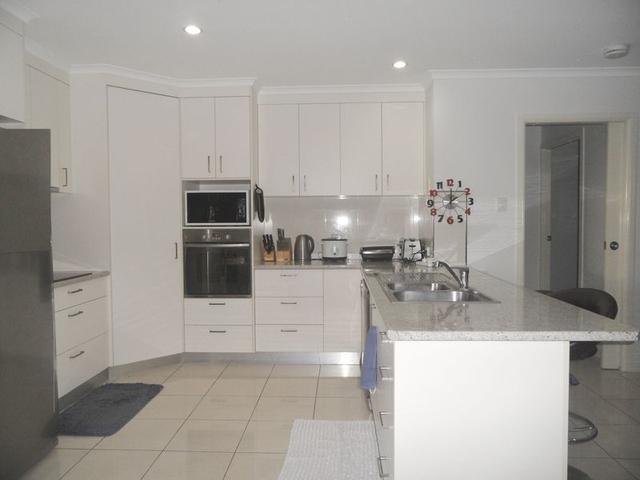 1 Teal Street, QLD 4740
