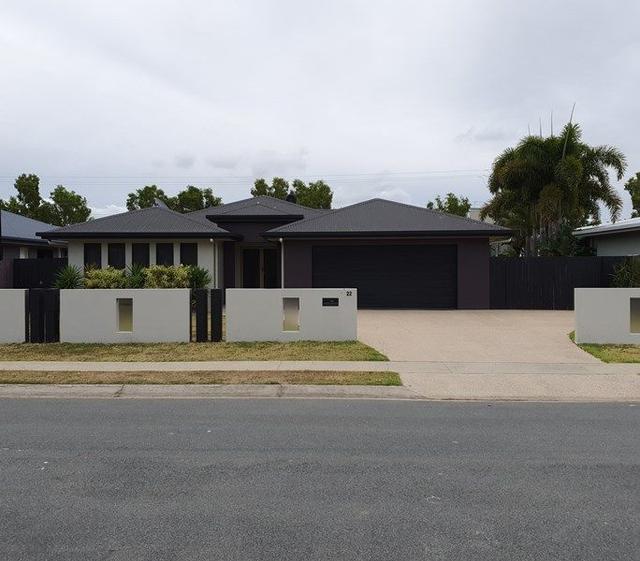 22 Monash Way, QLD 4740