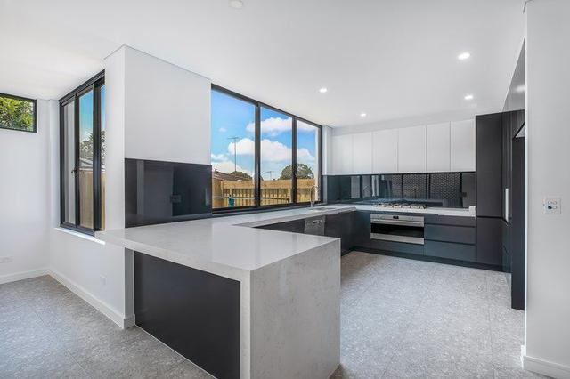 2/114 Yathong Road, NSW 2229
