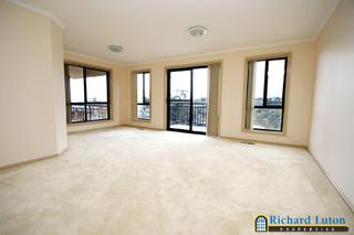 Formal loung/dining