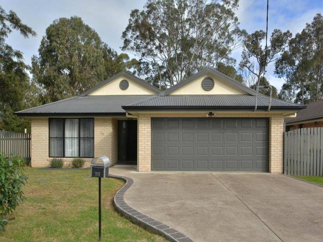19 Kendall Street, NSW 2325