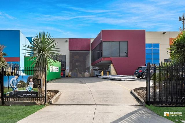 19 Fordson Road, VIC 3061