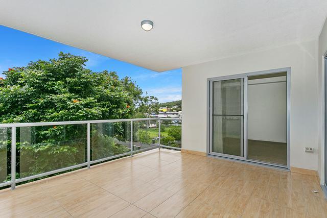 12/25 Selborne Street, QLD 4122