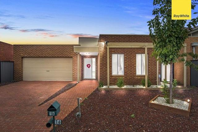 16 Lakewood Boulevard, VIC 3337