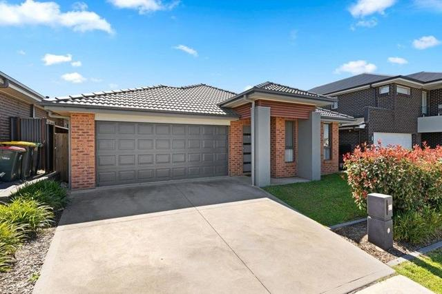 10 Holden Drive, NSW 2570
