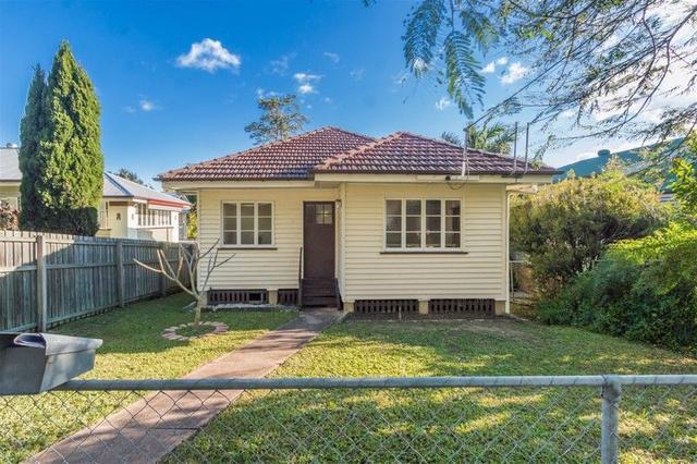 5 Walter Street, QLD 4121