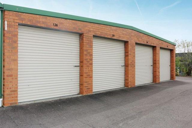 (Large Unit) 1a Callaghan Drive, NSW 2263