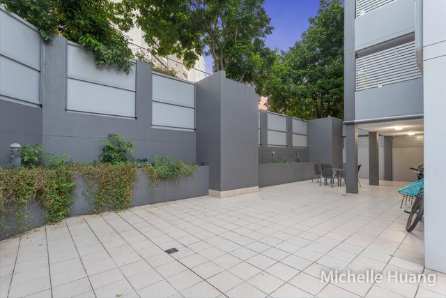 4/321 Vulture Street, QLD 4101