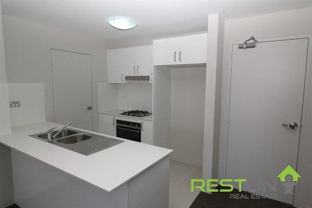 24/43 Santana Road, NSW 2560