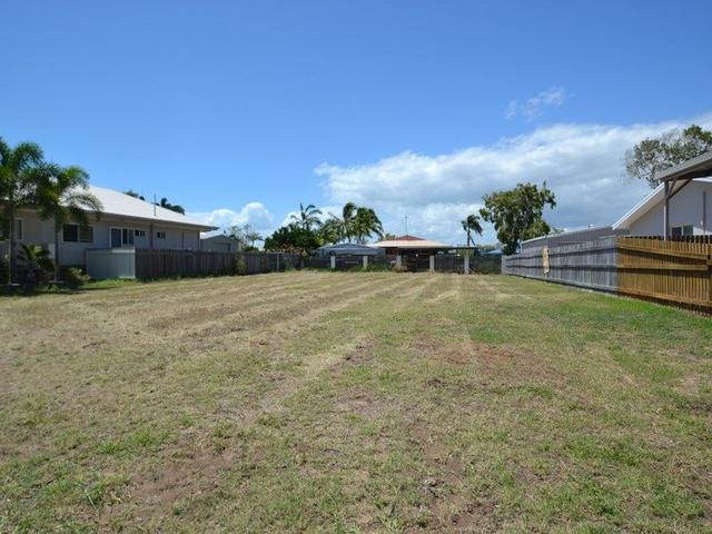 35 Coral St, QLD 4805