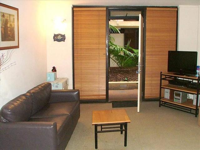 101/8 Ward Ave, NSW 2011