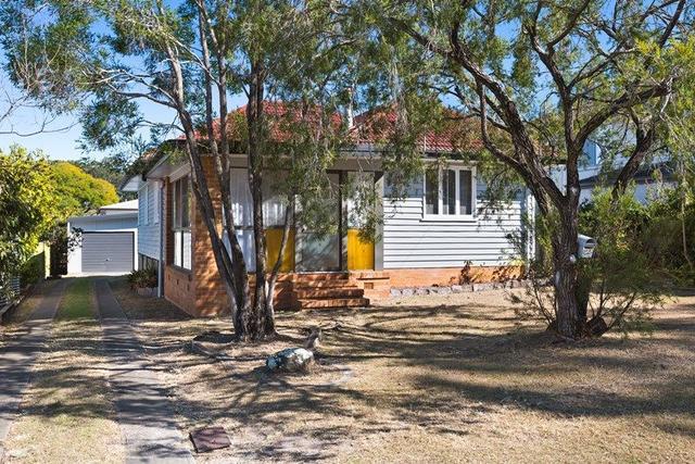 18 Noeline Street, QLD 4060