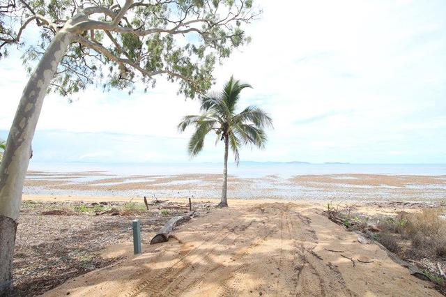 69 The Esplanade, QLD 4818