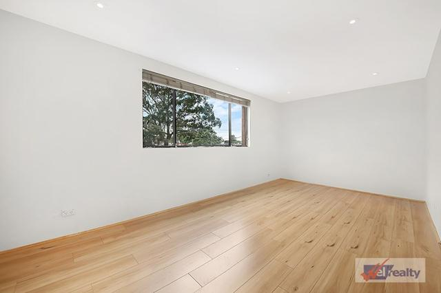8/1 Haig Ave, NSW 2198