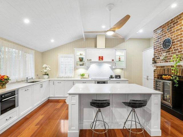 107 Long Street West, QLD 4075