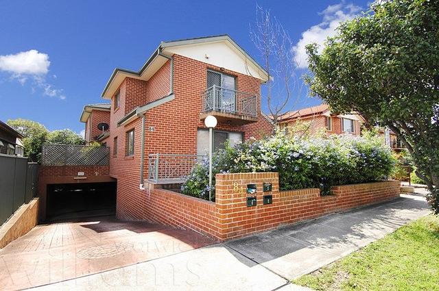 2/84 Kings Road, NSW 2046