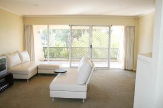 Lounge, main balcony