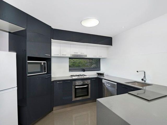 1/32 Redfern Street, QLD 4170