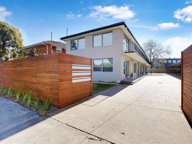 17 Rosstown Road, VIC 3163