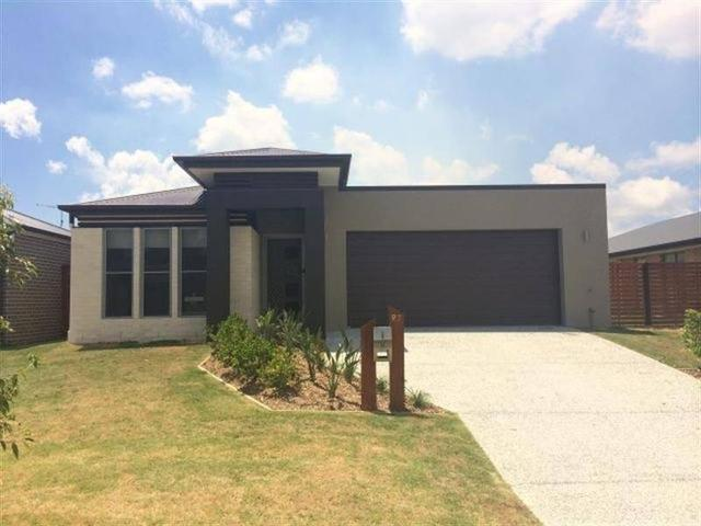 97 Brookside Circuit, QLD 4208