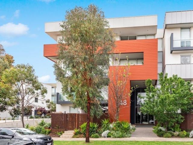 8/48 Eucalyptus Drive, VIC 3012