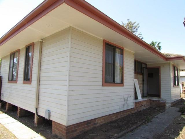 64 Chamberlain Street, NSW 2560