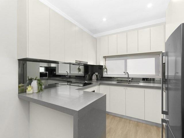 94 Gabo Crescent, NSW 2168