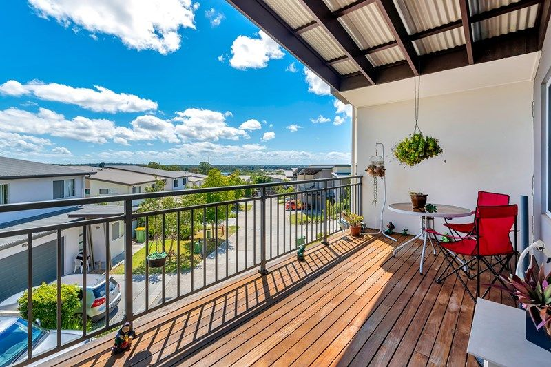 Surprising 9 19 Gumtree Crescent Upper Coomera Qld 4209 Townhouse Gmtry Best Dining Table And Chair Ideas Images Gmtryco