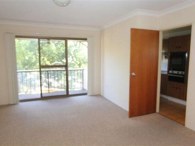 12/27 Doomben Avenue, NSW 2122