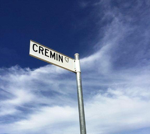 10 Cremin Court, NSW 2640