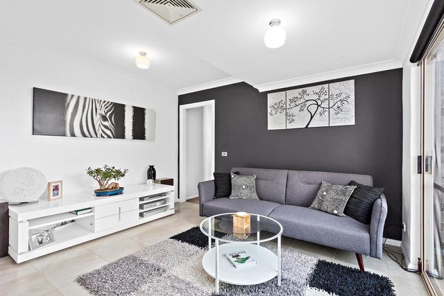 1/2 Russell Street, NSW 2527