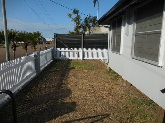 1/128 Wilmington Street, QLD 4807