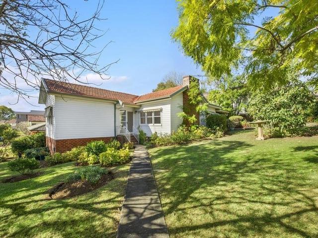 2 Rosalind Street, NSW 2560