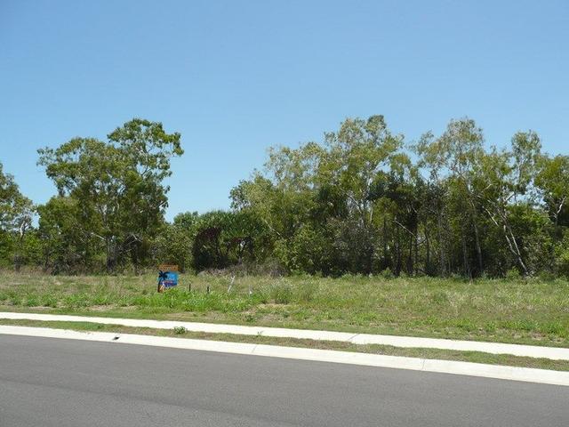 4 Wattle Crescent, QLD 4805